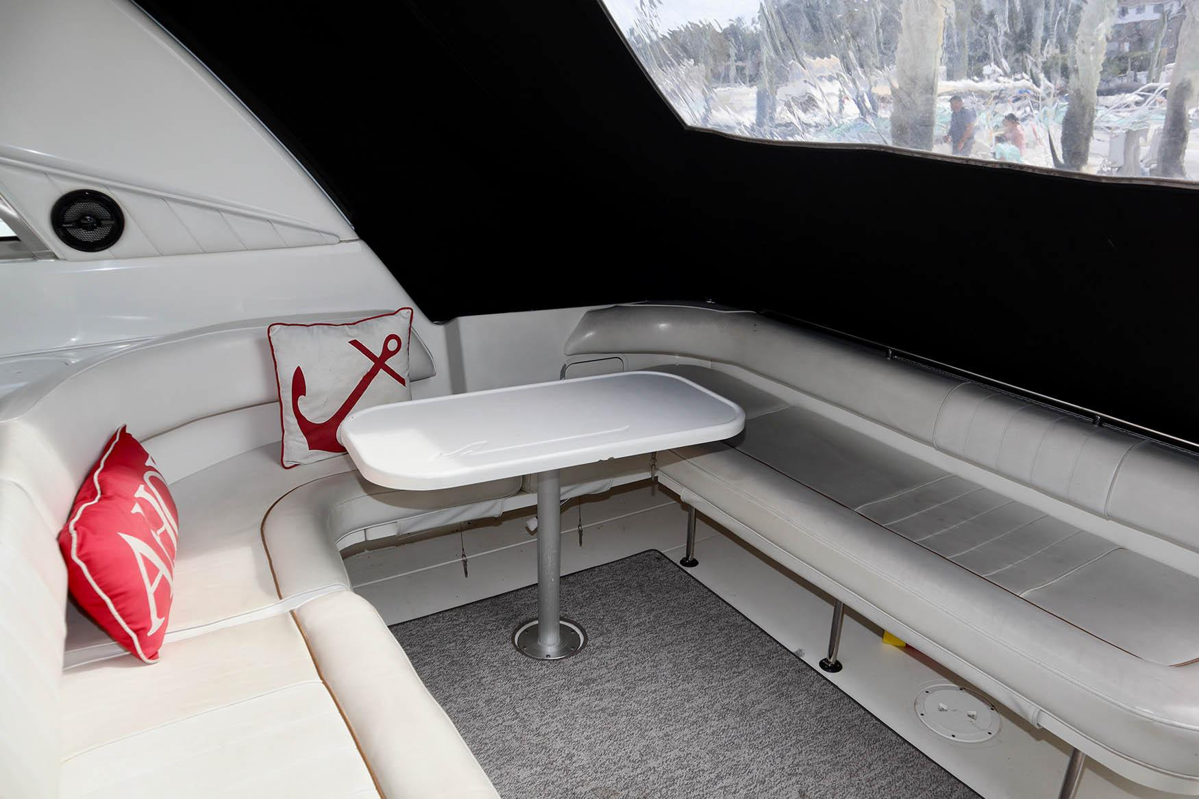 NY 5691 KM Knot 10 Yacht Sales