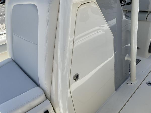 2022 ShearWater boat for sale, model of the boat is 27 BLACKWOOD & Image # 20 of 30