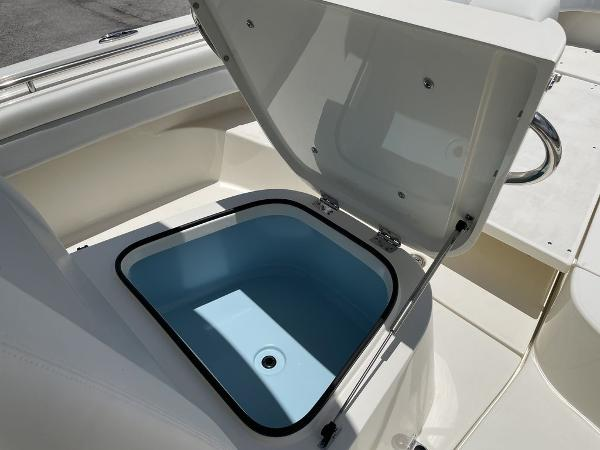 2022 ShearWater boat for sale, model of the boat is 27 BLACKWOOD & Image # 27 of 30