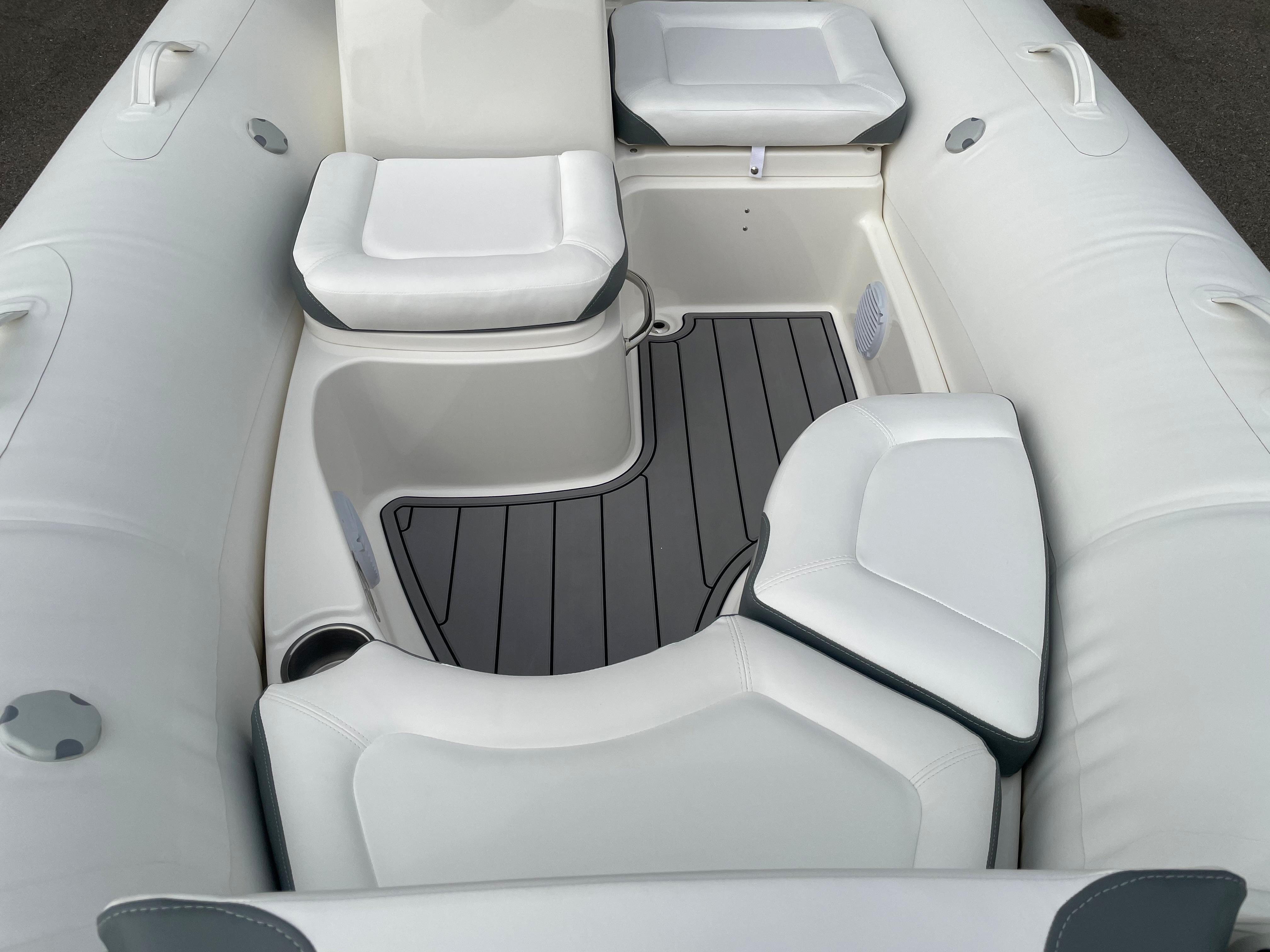 2022 Zodiac Yachtline 490 Deluxe NEO GL Edition 90hp On Order, Image 13