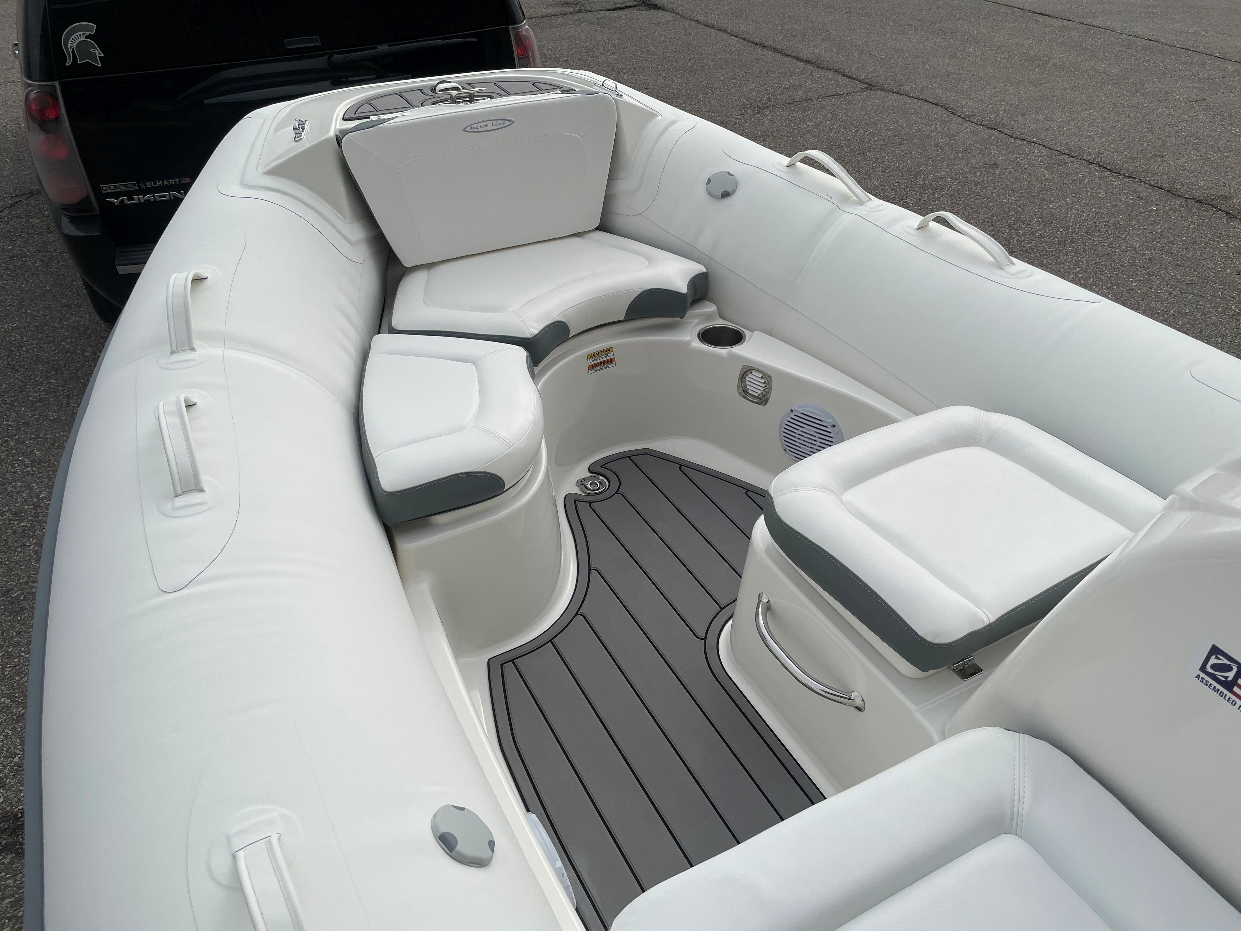 2022 Zodiac Yachtline 490 Deluxe NEO GL Edition 90hp On Order, Image 14