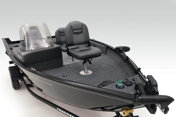 2020 Tracker Boats boat for sale, model of the boat is Pro Guide V-16 SC & Image # 20 of 47