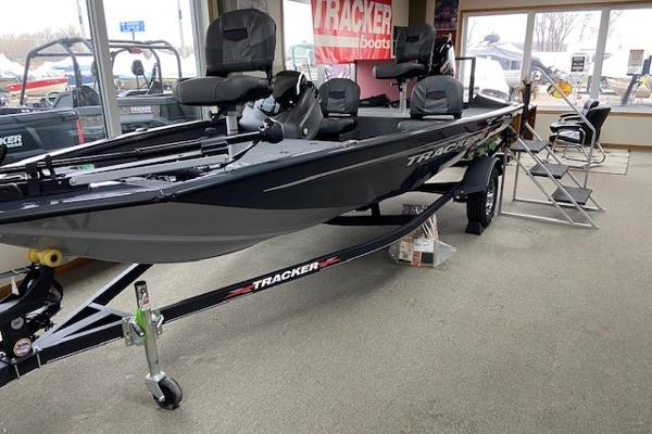 2021 Tracker Boats boat for sale, model of the boat is Pro Team 175 TF & Image # 5 of 10