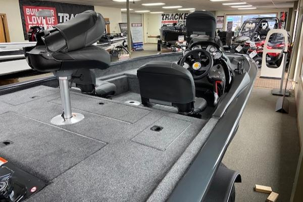 2021 Tracker Boats boat for sale, model of the boat is Pro Team 175 TF & Image # 6 of 10