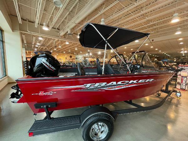 2021 Tracker Boats boat for sale, model of the boat is Pro Guide V-175 WT & Image # 1 of 22