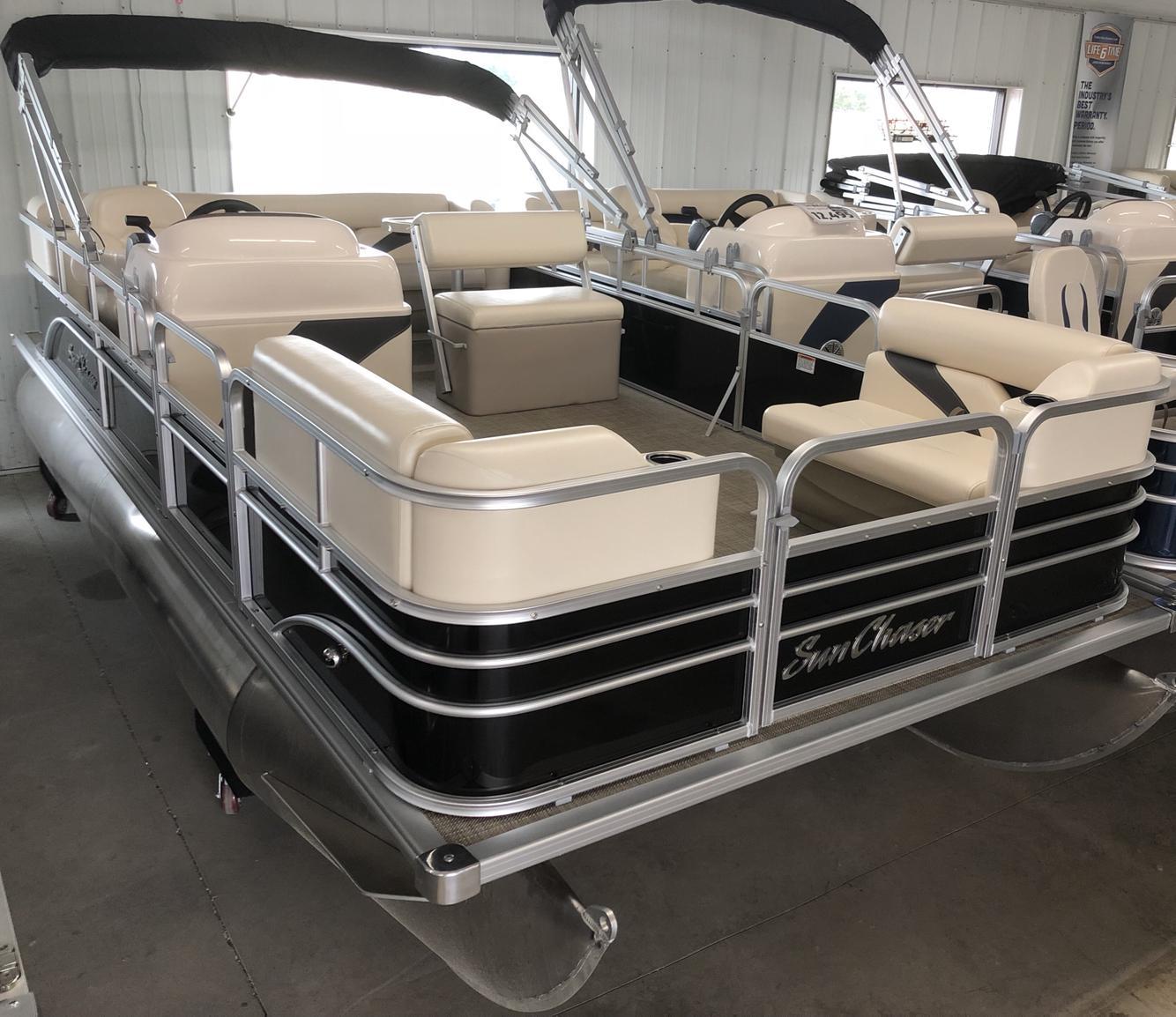 2021 SunChaser 818 Oasis Cruise thumbnail