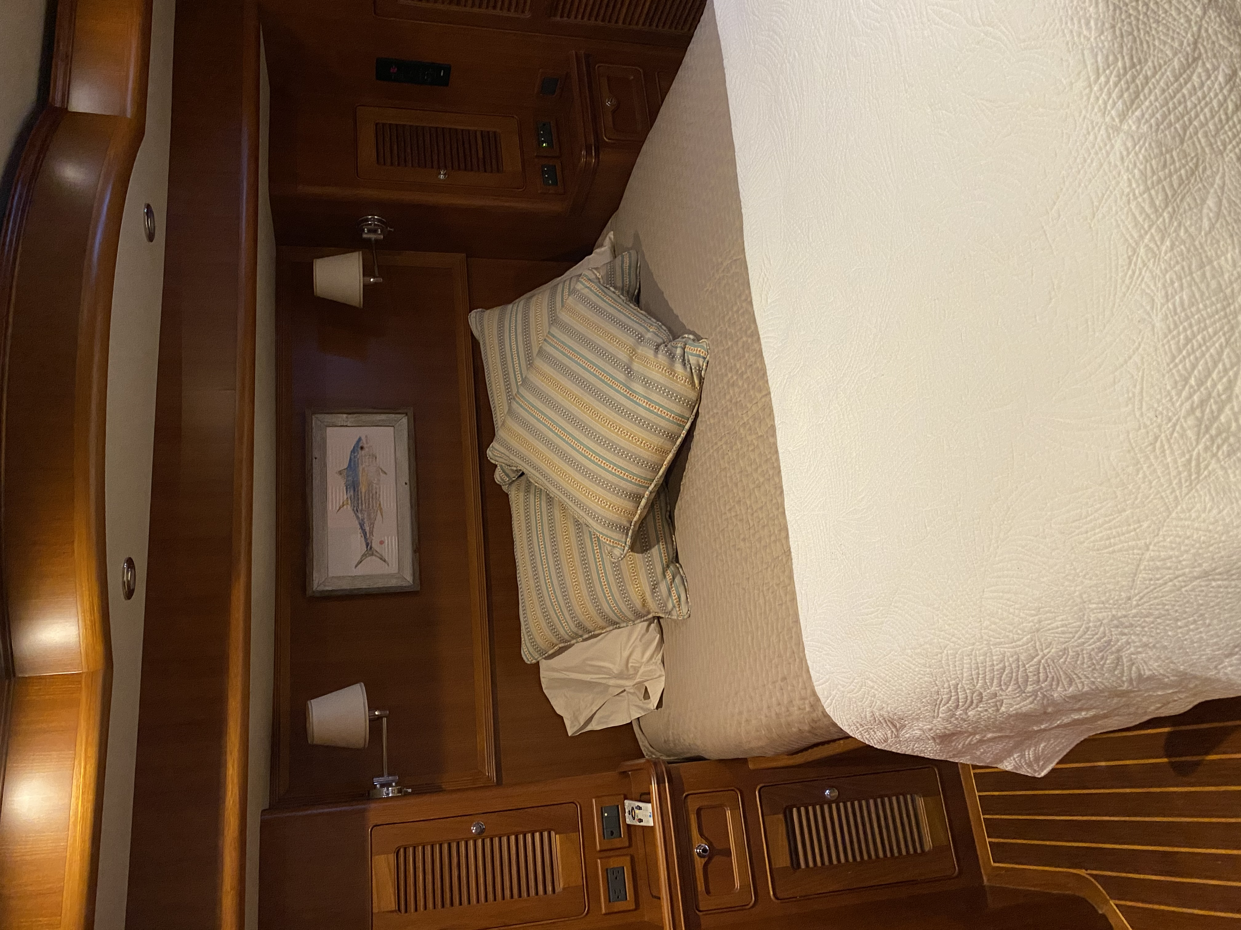"""""""Three Belles"""" Guest stateroom"""