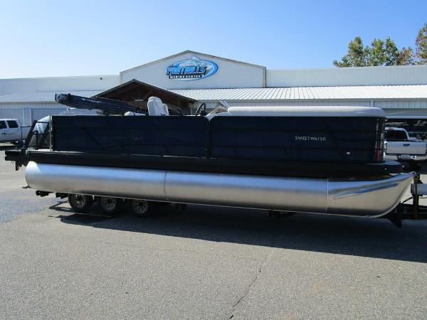 2021 Godfrey Pontoon boat for sale, model of the boat is SW 2286 SFL GTP 27 in. & Image # 1 of 35
