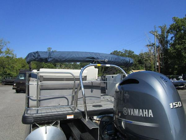 2021 Godfrey Pontoon boat for sale, model of the boat is SW 2286 SFL GTP 27 in. & Image # 6 of 35