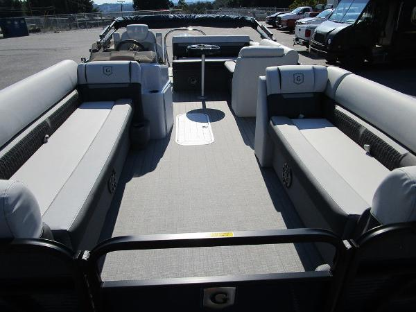 2021 Godfrey Pontoon boat for sale, model of the boat is SW 2286 SFL GTP 27 in. & Image # 13 of 35
