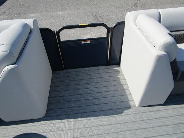 2021 Godfrey Pontoon boat for sale, model of the boat is SW 2286 SFL GTP 27 in. & Image # 16 of 35
