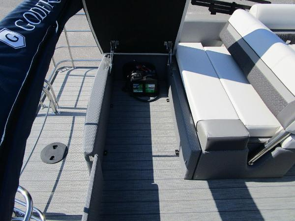 2021 Godfrey Pontoon boat for sale, model of the boat is SW 2286 SFL GTP 27 in. & Image # 25 of 35