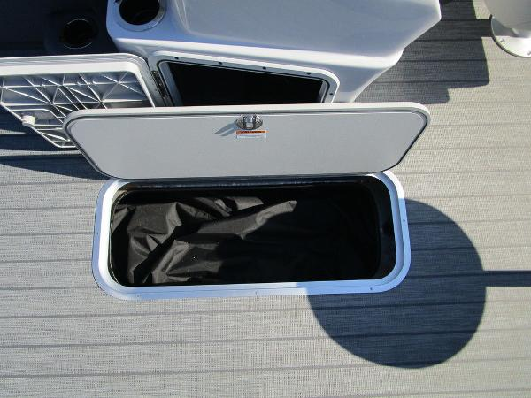 2021 Godfrey Pontoon boat for sale, model of the boat is SW 2286 SFL GTP 27 in. & Image # 27 of 35