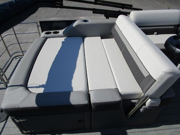 2021 Godfrey Pontoon boat for sale, model of the boat is SW 2286 SFL GTP 27 in. & Image # 32 of 35