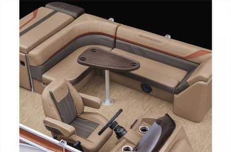 2021 Bennington boat for sale, model of the boat is 22 SLX & Image # 16 of 21