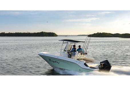 2021 Bayliner boat for sale, model of the boat is T22CC & Image # 1 of 9