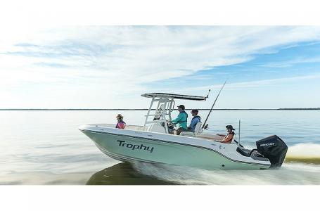 2021 Bayliner boat for sale, model of the boat is T22CC & Image # 6 of 9