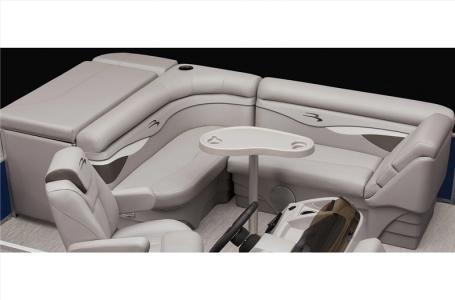 2021 Bennington boat for sale, model of the boat is 20 SVL & Image # 20 of 24
