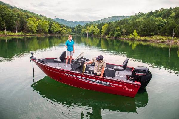 2020 Tracker Boats boat for sale, model of the boat is Pro Guide V-175 SC & Image # 7 of 70