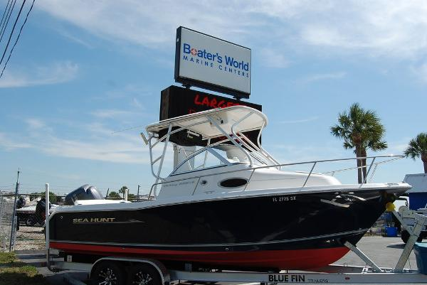 2013 Sea Hunt boat for sale, model of the boat is Victory 225 & Image # 1 of 16