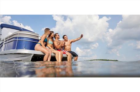 2021 Bennington boat for sale, model of the boat is 22 SVSR & Image # 22 of 23