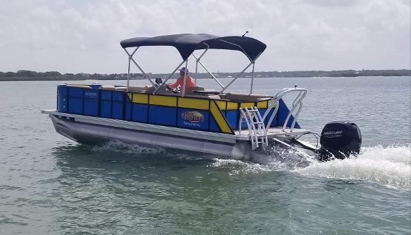 24' Bahama Commercial Grade Tri-Toon