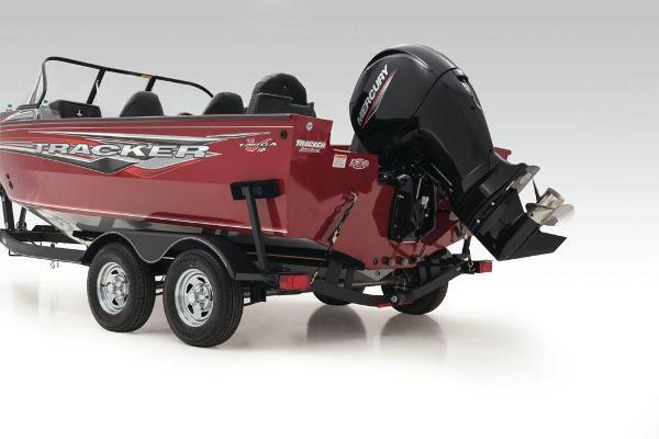 2020 Tracker Boats boat for sale, model of the boat is Targa V-18 Combo & Image # 14 of 60