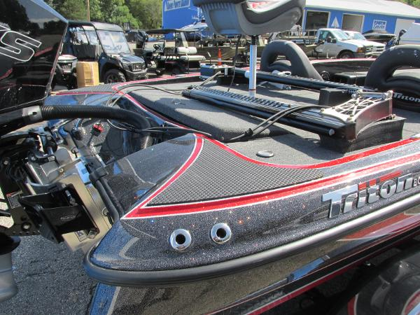 2020 Triton boat for sale, model of the boat is 20 TRX & Image # 6 of 21