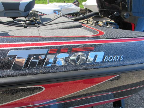 2020 Triton boat for sale, model of the boat is 20 TRX & Image # 19 of 21