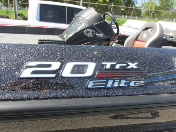 2020 Triton boat for sale, model of the boat is 20 TRX & Image # 20 of 21