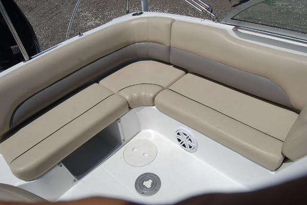 2015 Hurricane boat for sale, model of the boat is sd 187 ob & Image # 3 of 11