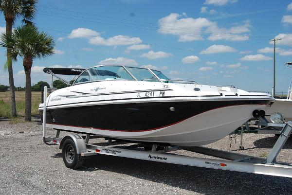 2015 Hurricane boat for sale, model of the boat is sd 187 ob & Image # 1 of 11