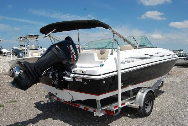 2015 Hurricane boat for sale, model of the boat is sd 187 ob & Image # 9 of 11