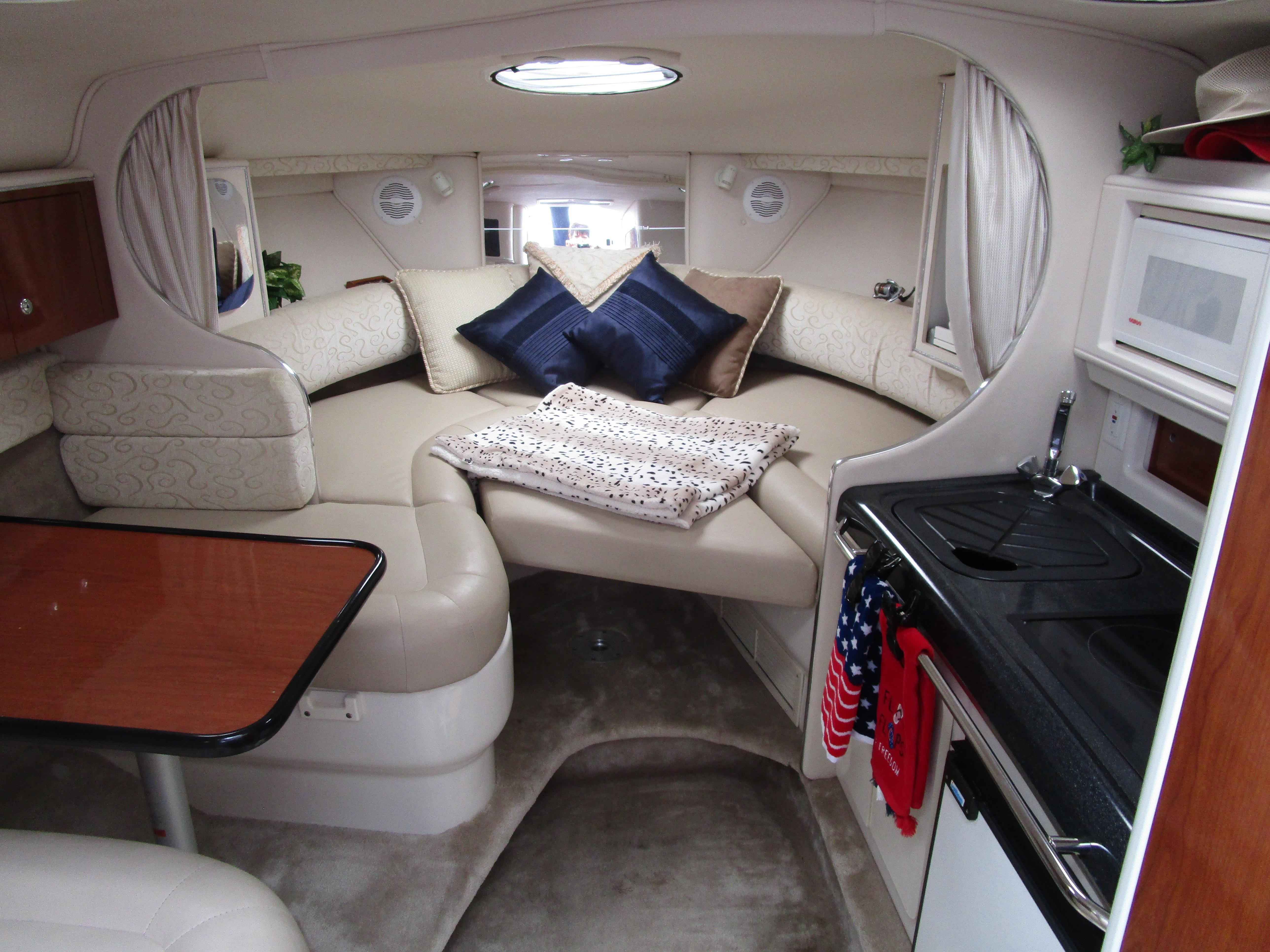 NY 6341 BP Knot 10 Yacht Sales