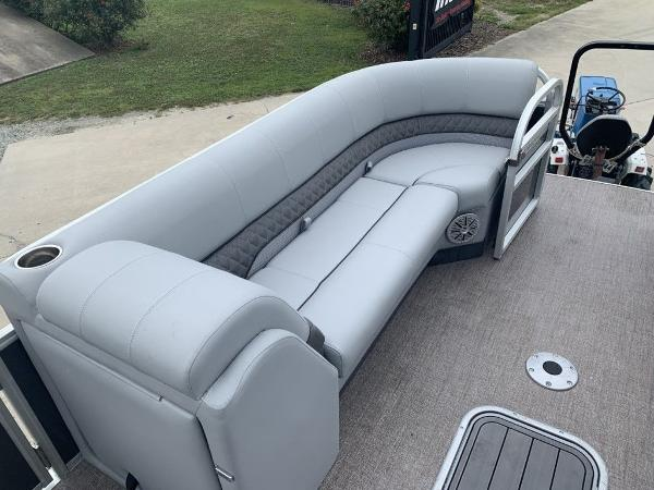 2021 Ranger Boats boat for sale, model of the boat is 243C & Image # 3 of 8