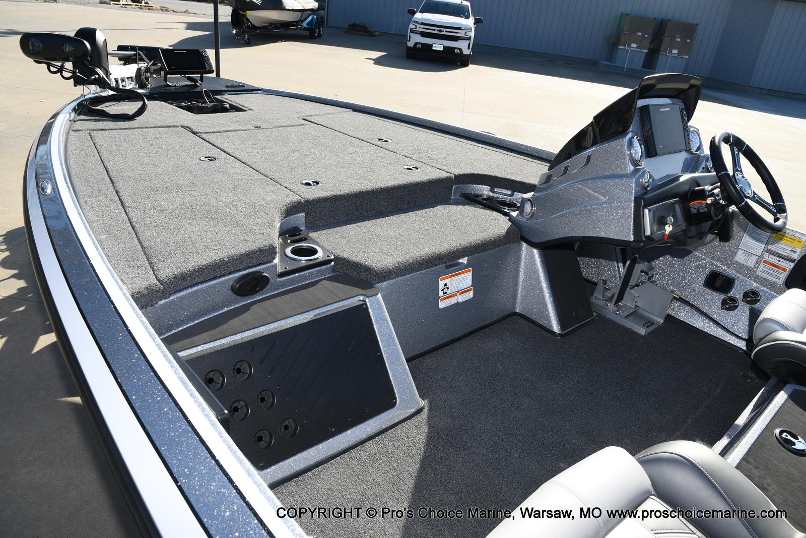 2021 Nitro boat for sale, model of the boat is Z19 pro package & Image # 39 of 50