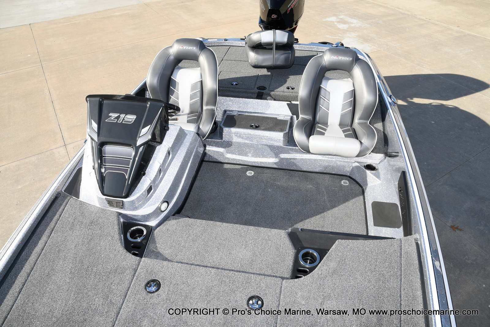 2021 Nitro boat for sale, model of the boat is Z19 pro package & Image # 11 of 50