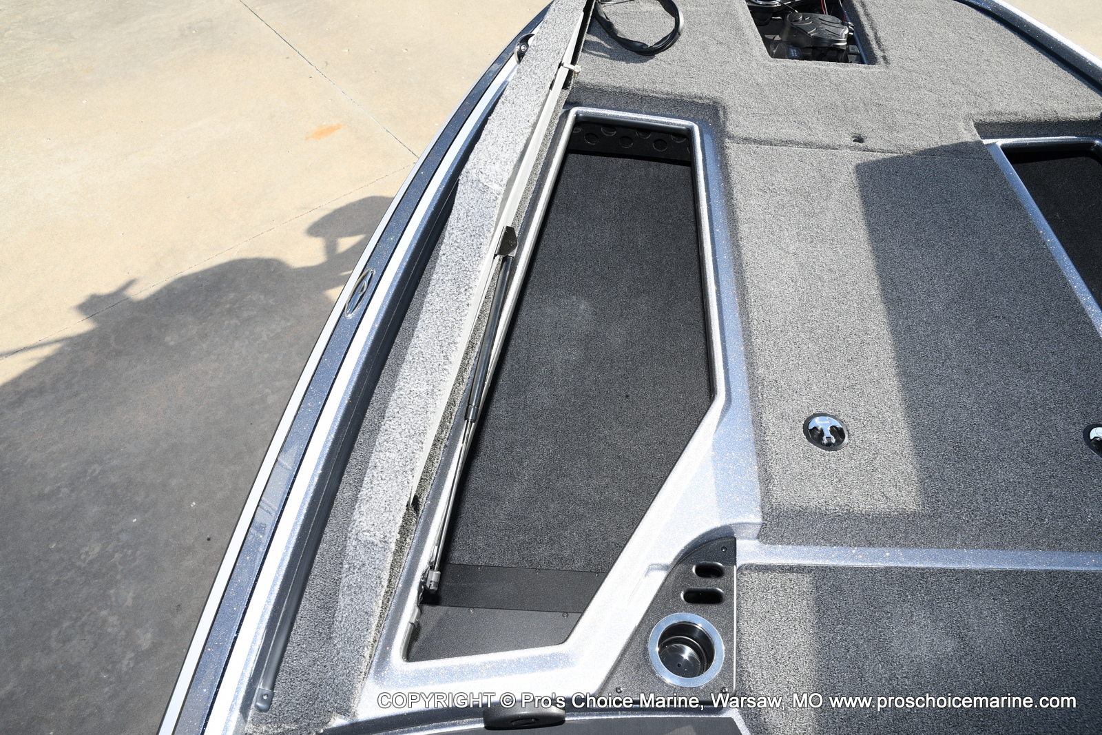 2021 Nitro boat for sale, model of the boat is Z19 pro package & Image # 14 of 50