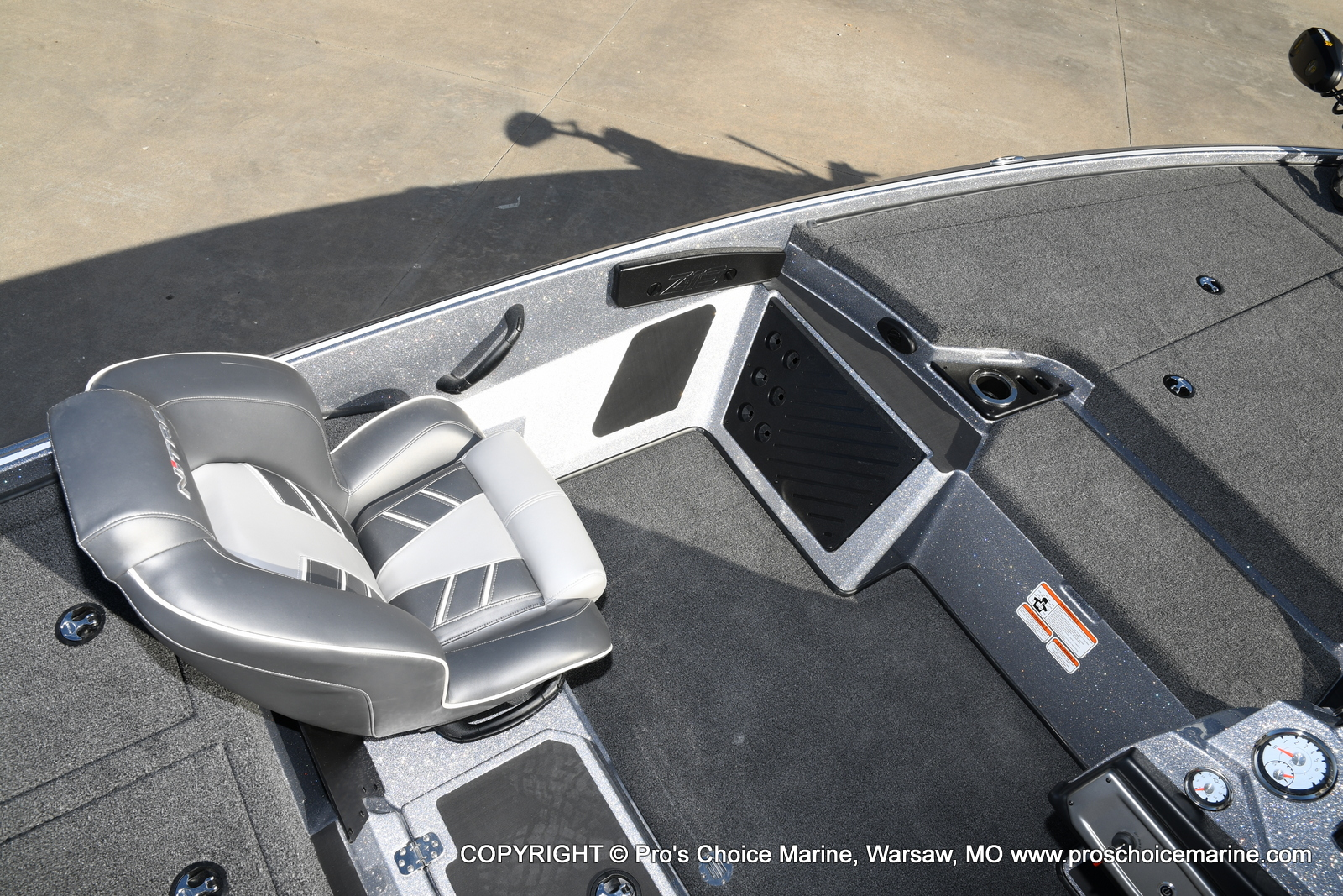 2021 Nitro boat for sale, model of the boat is Z19 pro package & Image # 24 of 50
