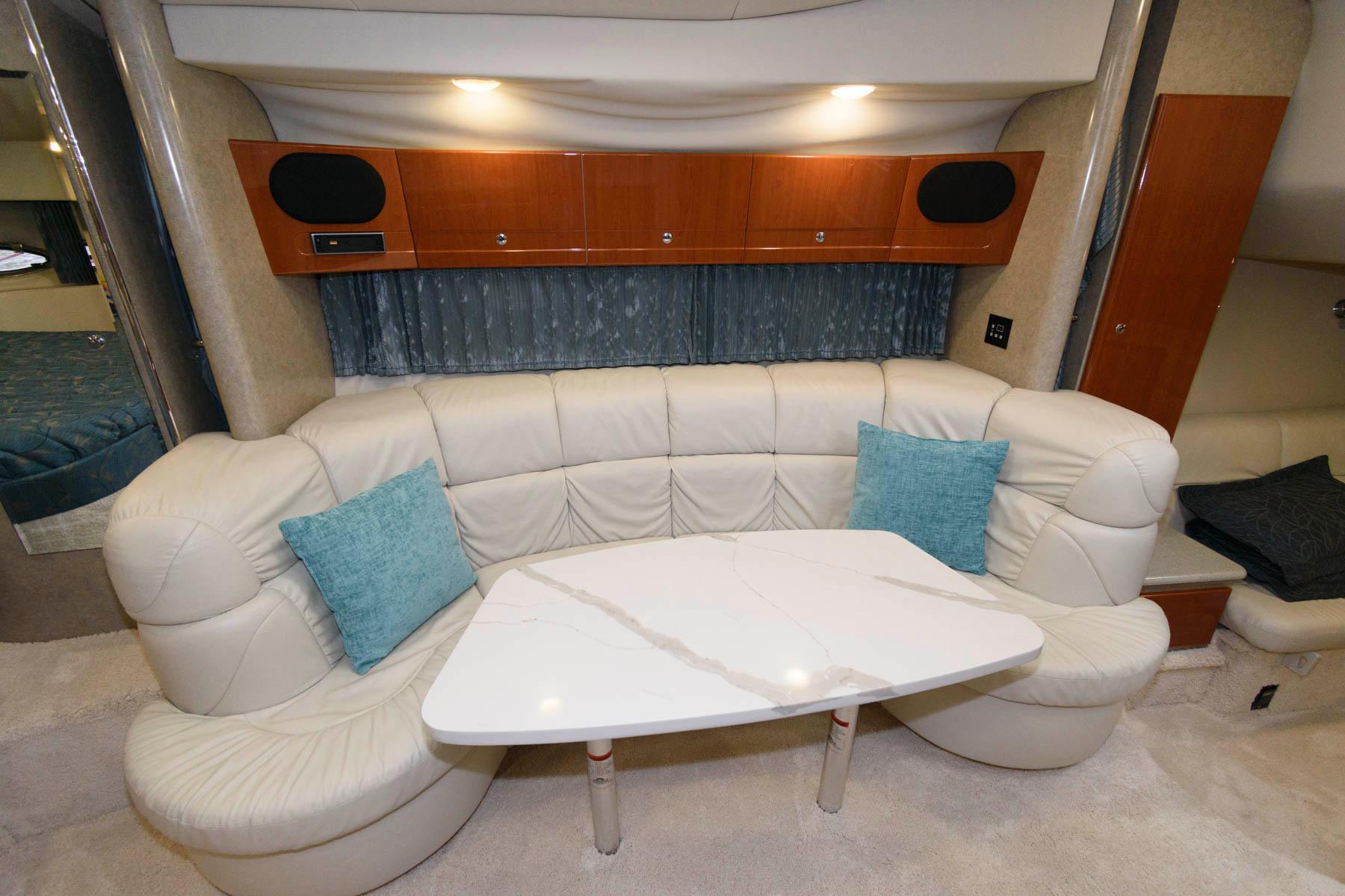 M 6347 WT Knot 10 Yacht Sales