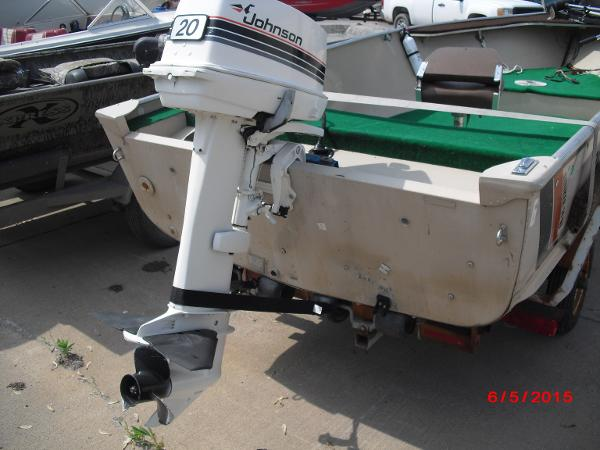 1986 Alumacraft boat for sale, model of the boat is 14' V & Image # 11 of 12