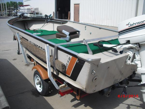 1986 Alumacraft boat for sale, model of the boat is 14' V & Image # 2 of 12