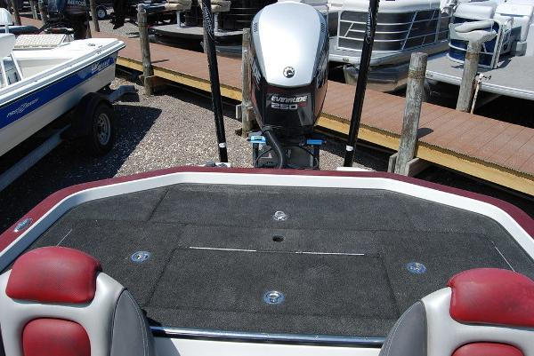 2014 Ranger Boats boat for sale, model of the boat is Z520C & Image # 3 of 10