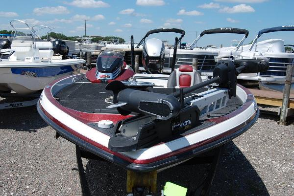 2014 Ranger Boats boat for sale, model of the boat is Z520C & Image # 7 of 10