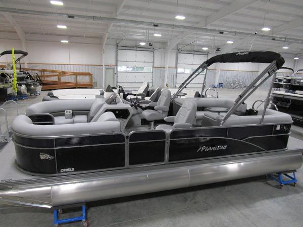 2021 Manitou boat for sale, model of the boat is RF 23 Oasis VP II & Image # 3 of 42