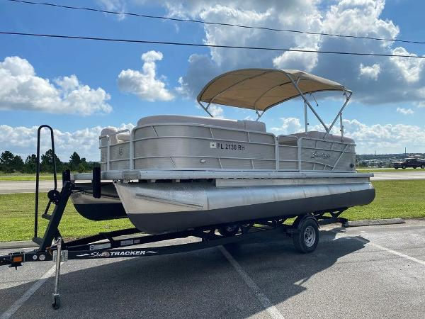 2017 Godfrey Pontoon boat for sale, model of the boat is 2286 & Image # 1 of 11