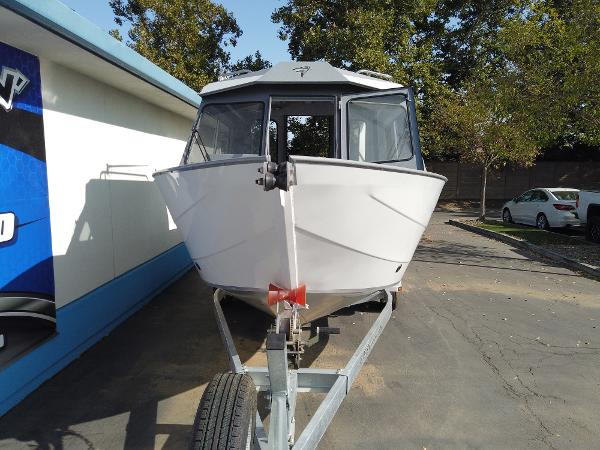 2020 Kingfisher boat for sale, model of the boat is 2225 Escape HT & Image # 2 of 10