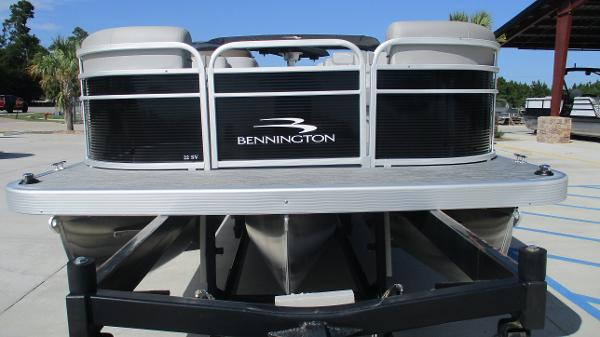 2021 Bennington boat for sale, model of the boat is 22 SVSR & Image # 7 of 47