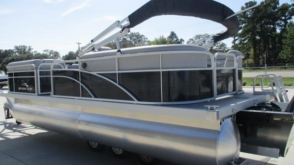 2021 Bennington boat for sale, model of the boat is 22 SVSR & Image # 6 of 47