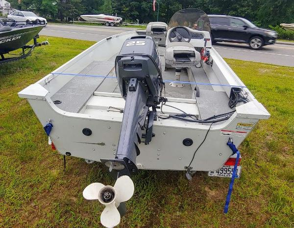2008 Alumacraft boat for sale, model of the boat is 160 Fisherman CS & Image # 5 of 10